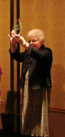 LCWR President accepts award from Pax Christi USA