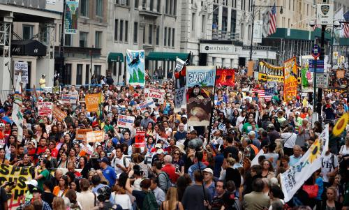 140921-climate-march-nyc-1p_c9fa80631113d7e66fd9d3d46e3527c3